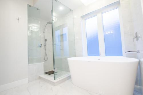 St. Georges Bathroom